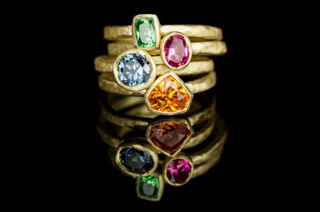 Pakistan's first online gemstones shop accepting pakcoins